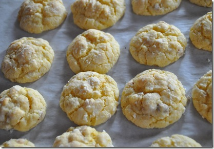 Cream Cheese Cake Mix Cookies (11)