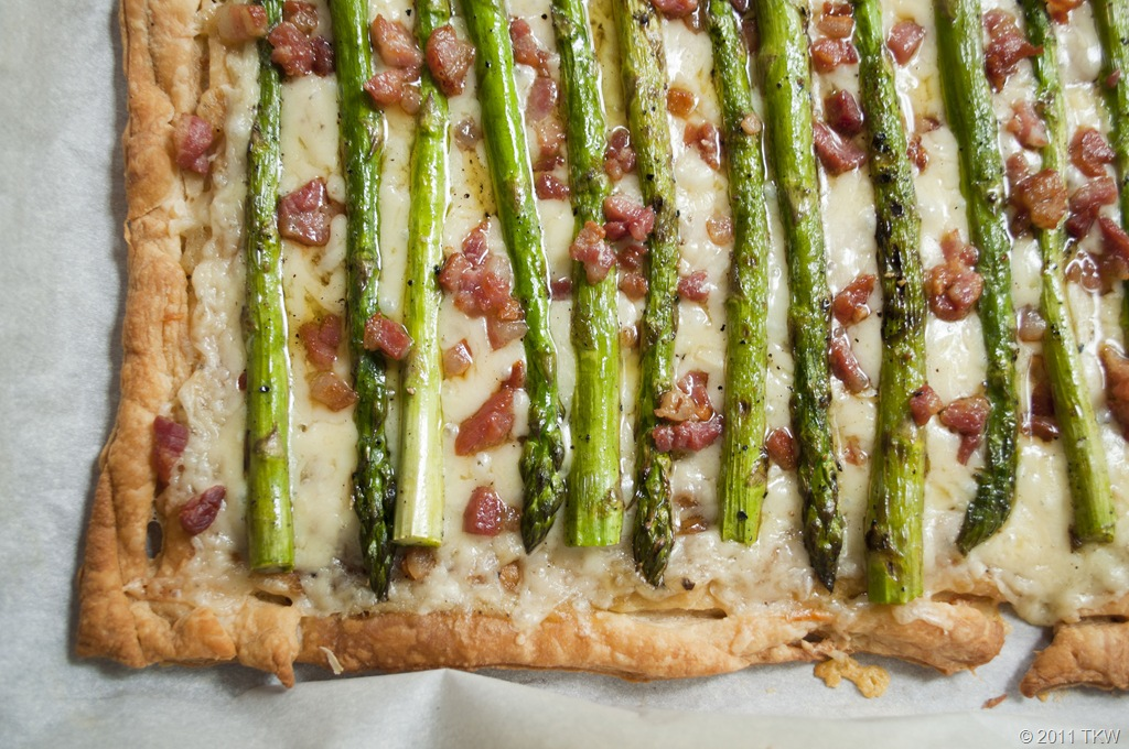 ... asparagus gruyere tart i let the tart sit for just a asparagus gruyere