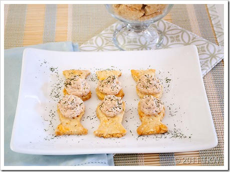 Salmon Creme and Crackers_121011_0019