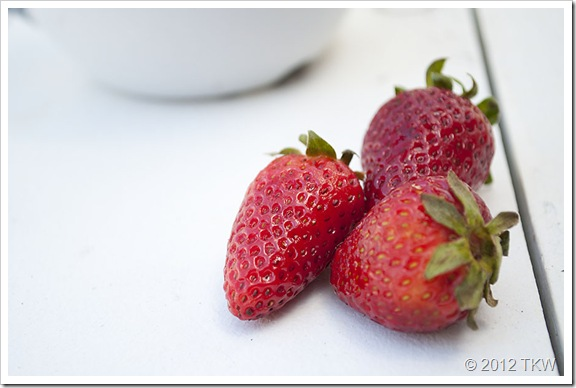 1 Strawberries_120424_0013
