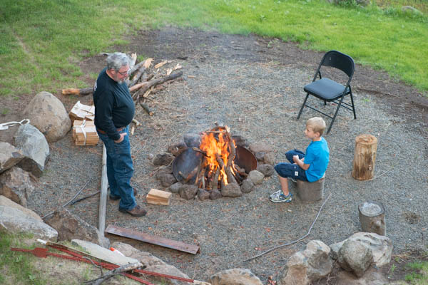 Man time, later McGyver read us a couple of chapter of Jungle Book around the fire.