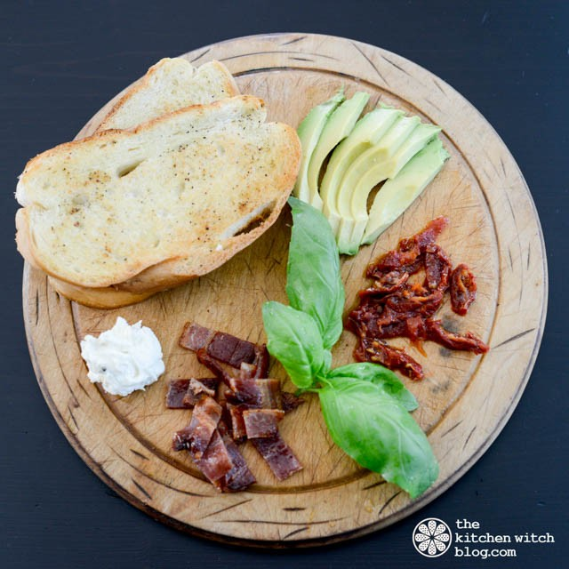 Bacon Avocado Sundried Tomato Tartine©RhondaAdkinsPhotography2015