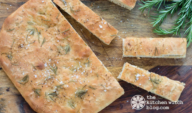 Icelandic_seasalt_and_rosemary_flatbread©rhondaadkinsphotography2017